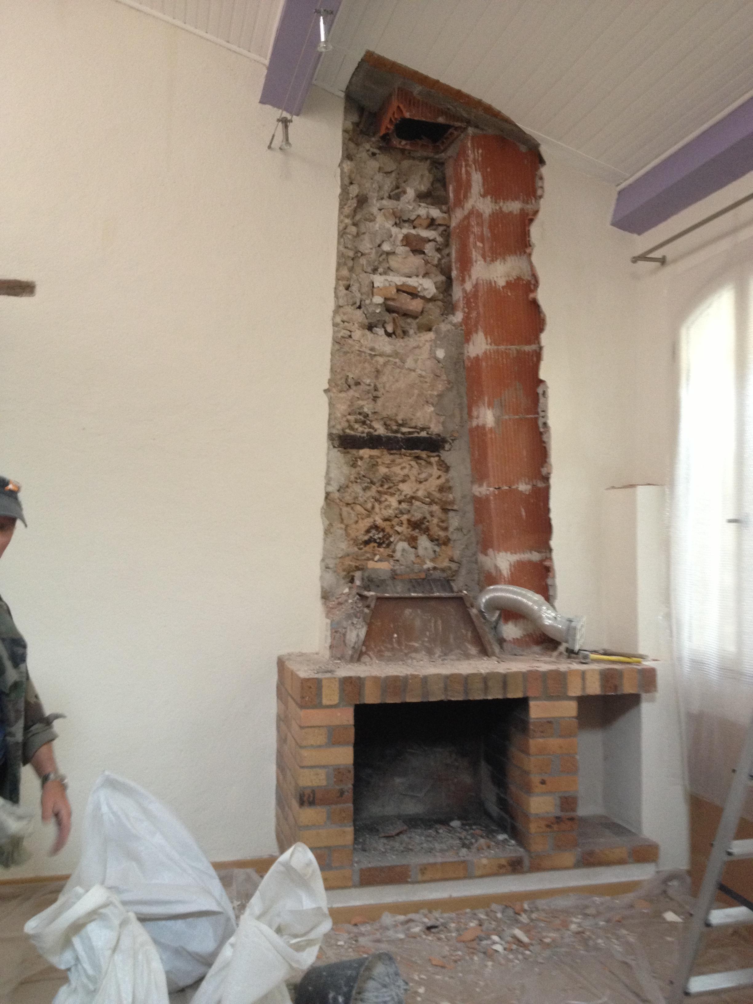 Vente et installation poeles a bois saint laurent du var alpes maritimes 06 pres de nice - Demolition cheminee ancienne ...